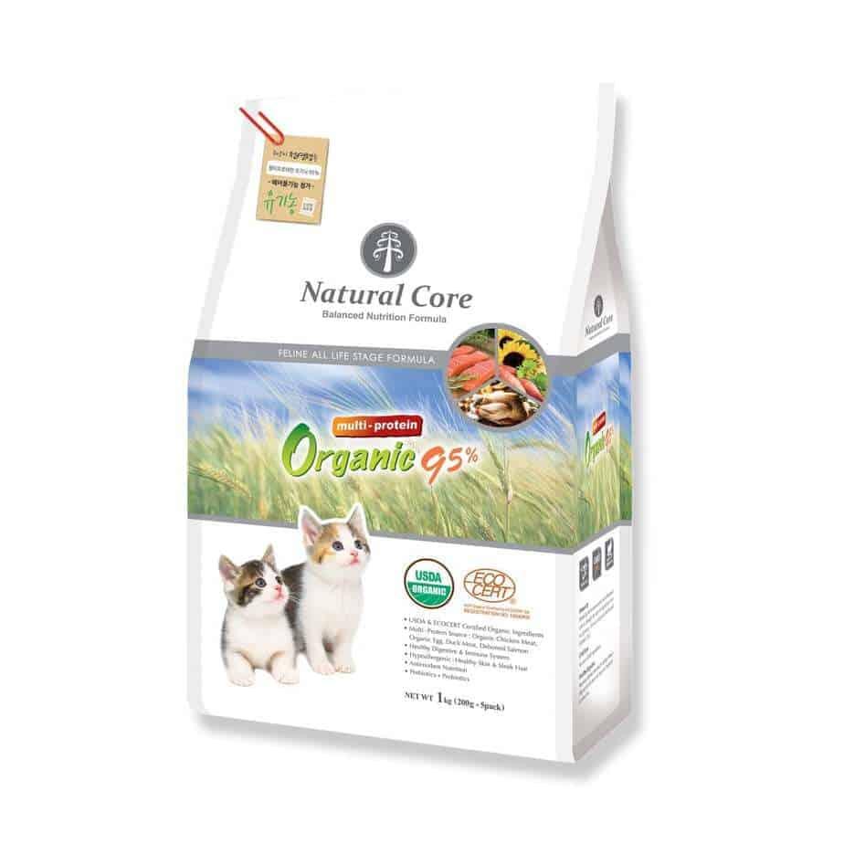 thức ăn khô cho chó mèo